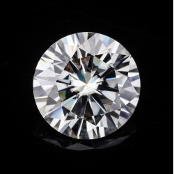 Moissanite Diamond 0.55 CT Gemstone Africa Product No 006