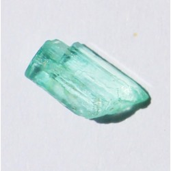 0.75 CT 100% Natural  Rough Emerald Gemstone Afghanistan 301