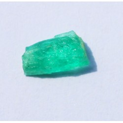 0.90 CT 100% Natural  Rough Emerald Gemstone Afghanistan 318