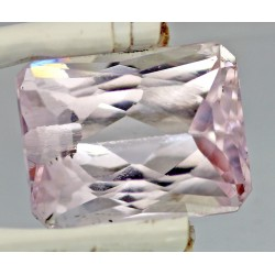14.5 Carat 100% Natural Kunzite Gemstone Afghanistan Product No 003