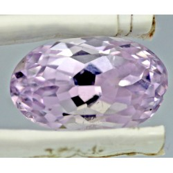 9.5 Carat 100% Natural Kunzite Gemstone Afghanistan Product No 023