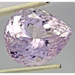43.5 Carat 100% Natural Kunzite Gemstone Afghanistan Product No 80